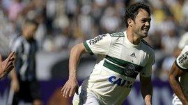 Клебер получил 15 матчей дисквалификации за неподобающее поведение в матче чемпионата Бразилии