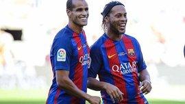 "Роналдиньо снова феерил на ""Камп Ноу"", но легенды Барселоны проиграли легендам Манчестер Юнайтед"