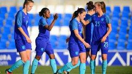 Женская сборная Нидерландов сменила свою эмблему – со льва на львицу