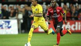 Защитник Генгама Икоко отличился курьезным автоголом в матче против ПСЖ