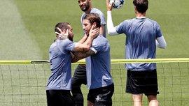 Карвахаль сорвался на Асенсио и Васкесе, получив мячом в лицо во время тренировки Реала