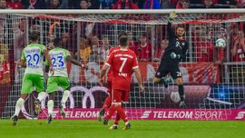 Вратарь Баварии Ульрайх пропустил удивительный гол, который заставил заплакать по Нойеру