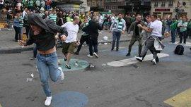 Фанаты Селтика устроили массовую драку с полицией в Брюсселе перед матчем с Андерлехтом