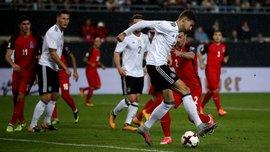 Германия дома разгромила Азербайджан
