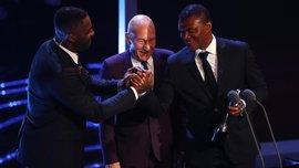 Нападающий Словацко Коне получил награду ФИФА за фэйр-плей