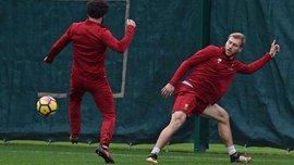 Защитник Ливерпуля Клаван приехал в Мелвуд на побитом Мерседес