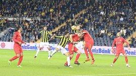 Кайсериспор спасся в сумасшедшем матче с Фенербахче – из зоны Кучера забивали голы
