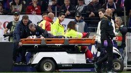 Куко Мартина получил жуткую травму в матче Лион – Эвертон и покинул поле на носилках