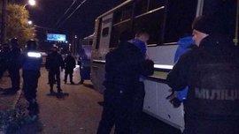 В Киеве подрались фанаты Динамо и Черноморца – появилось видео огненной драки на 190 человек