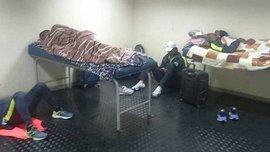 Гравці Петролеро ночували у роздягальні, бо клуб не заплатив за готель