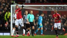 Манчестер Юнайтед вдома розгромив Ньюкасл