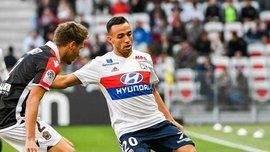 Захисник Ліона Марсал вдарив лайнсмена в обличчя і навіть не отримав жовтої картки