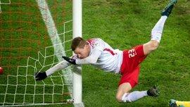 Защитник РБ Лейпциг Хальстенберг сломал руку в трех местах, забивая гол Герте