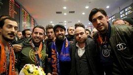 Туран спровокував нечуваний ажіотаж в аеропорті Стамбула – поліція використала проти фанатів сльозогінний газ