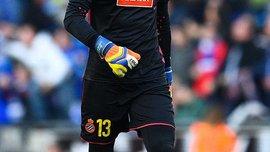 Диего Лопес стал первым вратарем, который дважды в течении карьеры отразил пенальти Месси