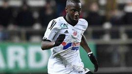 Игрок Амьена Жессума Фофана отличился курьезным промахом в матче с Бордо