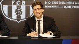 Серхи Роберто официально подписал новый контракт с Барселоной