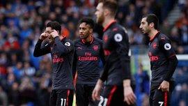 Мхітарян і Озіл – під вогнем критики від партнерів по Арсеналу, роздягальня бушує