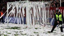 Арбітр матчу Майнц – Фрайбург вивів команди з роздягальні після використання VAR, фанати господарів висловили протест проти матчів у понеділок