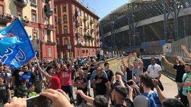 Ювентус – Наполі: фанати команд зустрілись у вузькому провулку та здивували увесь світ