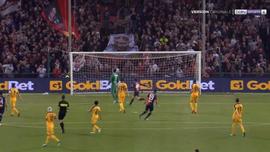 Пандев забил шикарный гол парашютом в ворота Вероны