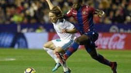 Эммануэль Боатенг – первый игрок за 13 лет, оформивший хет-трик в ворота Барселоны в Примере