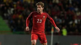 Адріен Сілва: Не можу порівнювати Мессі і Роналду, у Португалії є лише один лідер