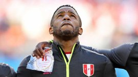 Захисник Перу Сантамарія: Фарфан лежав без свідомості та не рухався