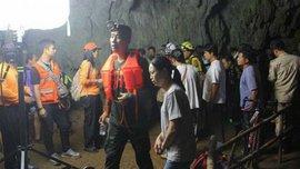 У Таїланді  знайшли дитячу футбольну команду, яка зникла в печері 10 днів тому – всі живі