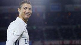 Італійського футболіста в аеропорту Турина переплутали з Роналду – вони реально дуже схожі