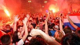 Росія – Хорватія: посол балканців, святкуючи перемогу, з друзями викинув у вікно диван