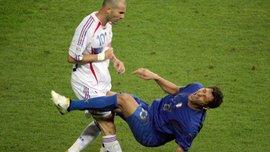"""Как Зидан """"вырубил"""" Матерацци: ровно 12 лет назад состоялся легендарный финал ЧМ-2006"""
