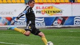 Шуховцев забил невероятный гол от своих ворот в матче ветеранов