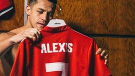 Санчес не полетів з Манчестер Юнайтед у США через проблеми з візою