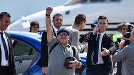 Марадона эффектно появился на стадионе Динамо Брест