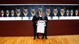 Винисиус официально представлен в качестве игрока Реала