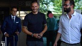 Бонуччі прибув у Турин для підписання контракту з Ювентусом