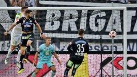 Лига Европы: матч Штурм – АЕК Ларнака был прерван из-за фанатов, которые нанесли ужасную травму ассистенту арбитра
