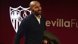 Манчестер Юнайтед хочет пригласить Мончи или Паратичи на должность спортивного директора