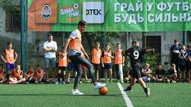 Фонсека та Дуляй зіграли з дітьми у Львові – португалець не забив пенальті юному воротарю