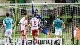 Рикошети, блокування, хаос: у матчі нижчого дивізіону Англії Форест Грін дивом не забив у ворота Стівенейдж