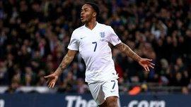 Стерлинг травмировал спину и покинул расположение сборной Англии