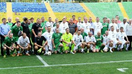 """""""Якби скинули пару кілограмів, могли б потягатися з командами УПЛ"""" – як легенди Карпат знову зіграли на стадіоні Україна"""