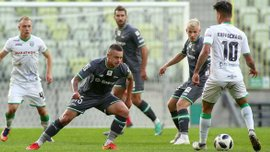Полиция задержала двух игроков Лехии, которые были в нетрезвом состоянии после поражения Карпатам