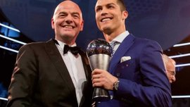 """Инфантино привлечет юристов ФИФА для борьбы с """"прогульщиками"""" церемонии награждения The Best"""