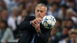 """Моуринью не верит, что игроки Манчестер Юнайтед могут """"сливать"""" тренера"""