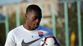 Защитник Мариуполя Дава вызван в сборную Камеруна