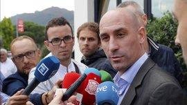 З Пересом маю ті стосунки, яких ніколи не буде з Тебасом, – президент Федерації футболу Іспанії