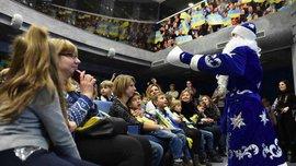 Федерація футболу України привітала дітей з днем святого Миколая