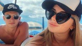 Гравці Динамо вміють відпочивати: від України до Мальдівів – райські фото, сексапільні красуні та відвертість